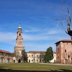 Vigevano_Castello_cortile
